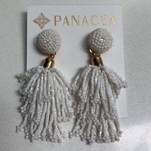 New White/gold beaded earrings